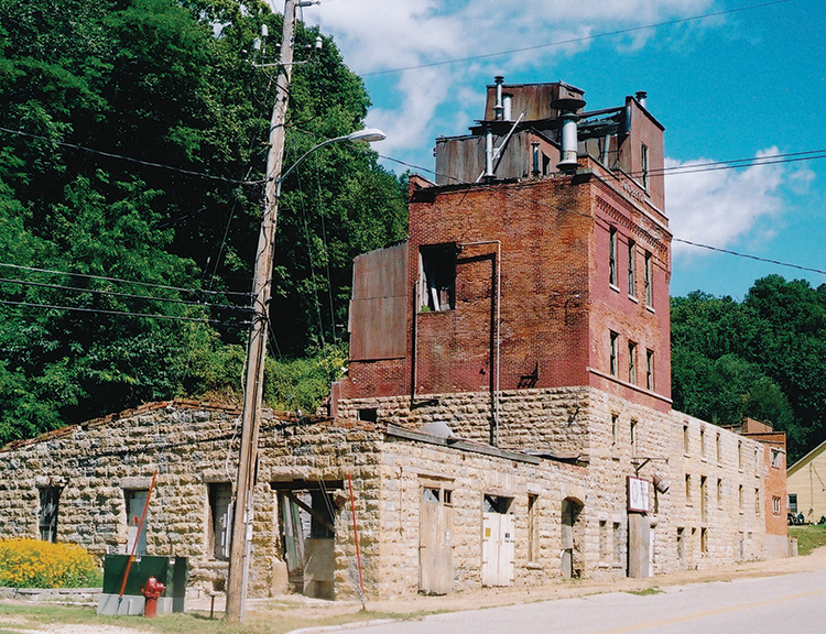 The Potosi Brewing Co. as it appeared in 2004 prior to restoration // Photo by Doug Hoverson