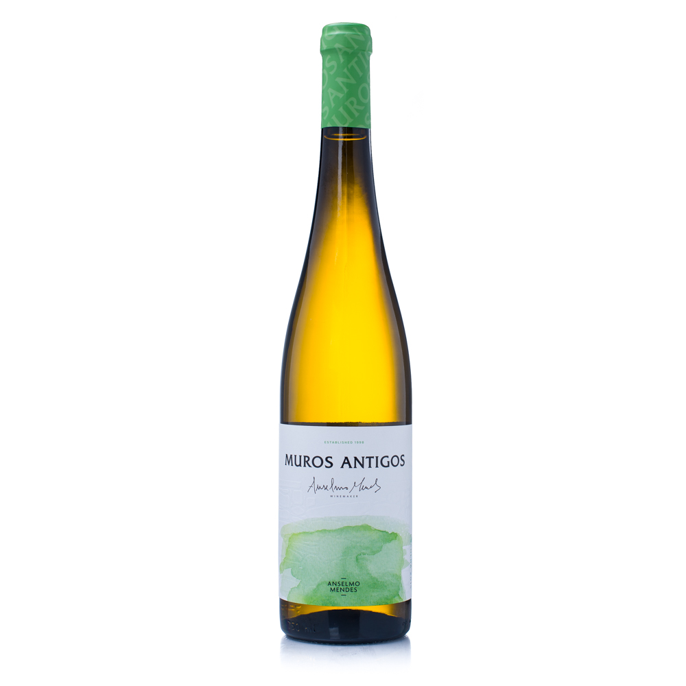 Muros Antigos Vinho Verde // Photo by Kevin Kramer, The Growler