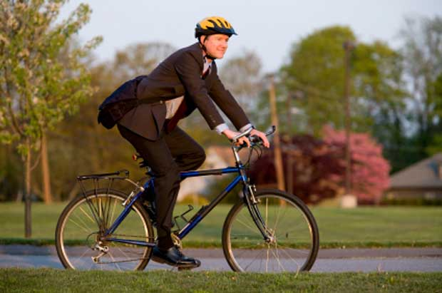 More adults are biking to work than ever before, leading to an increase in biking injuries and deaths // Photo courtesy istockphoto.com