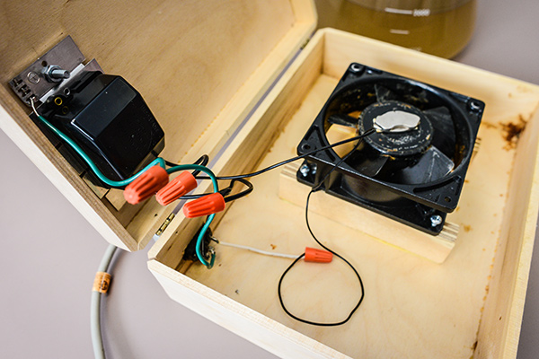 Internal components of the stir plate // Photo courtesy of American Homebrewers Association