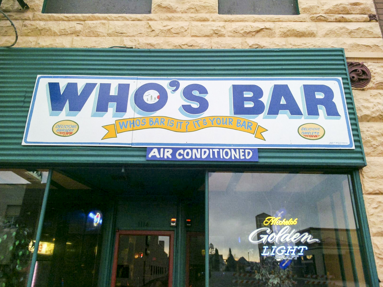 Who's Bar, Superior // Photo via Who's Bar's Facebook