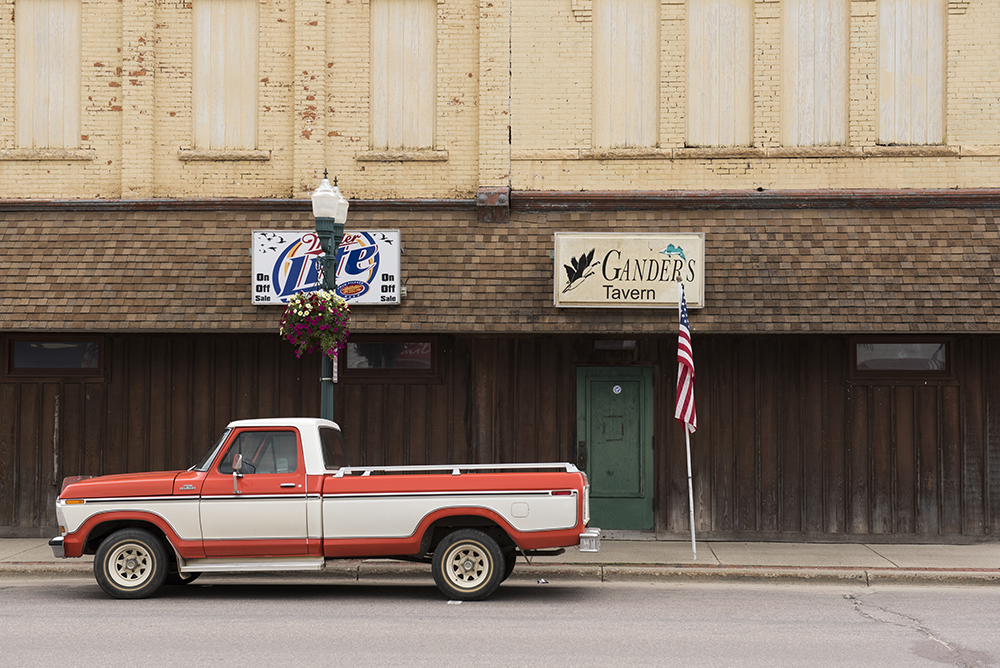 Parts of the road trip included bustling small towns, rural and scenic country views, and places struggling to stay afloat // Photos by Stephen Maturen