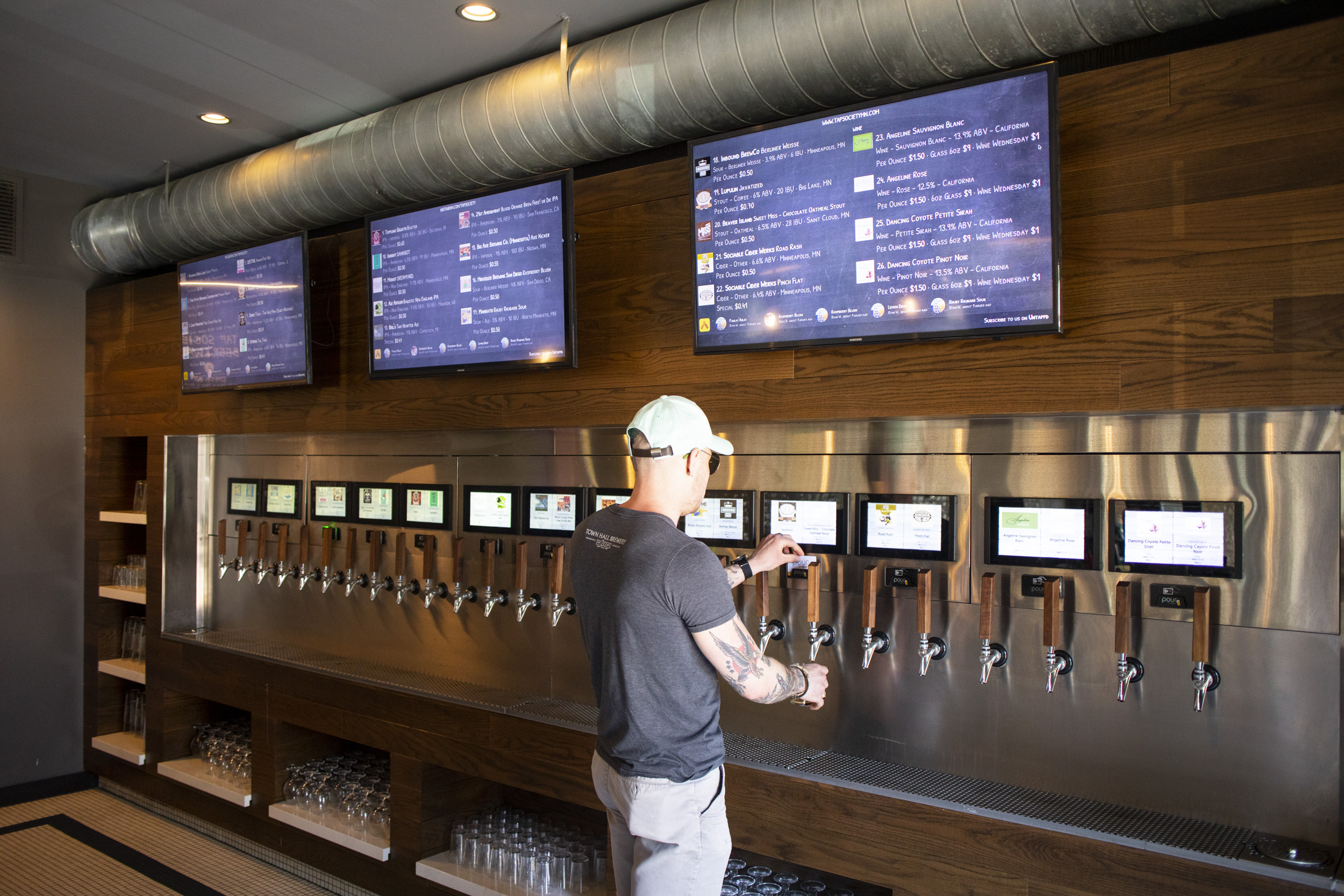 The full self-serve experience at Tap Society // Photo by Tj Turner