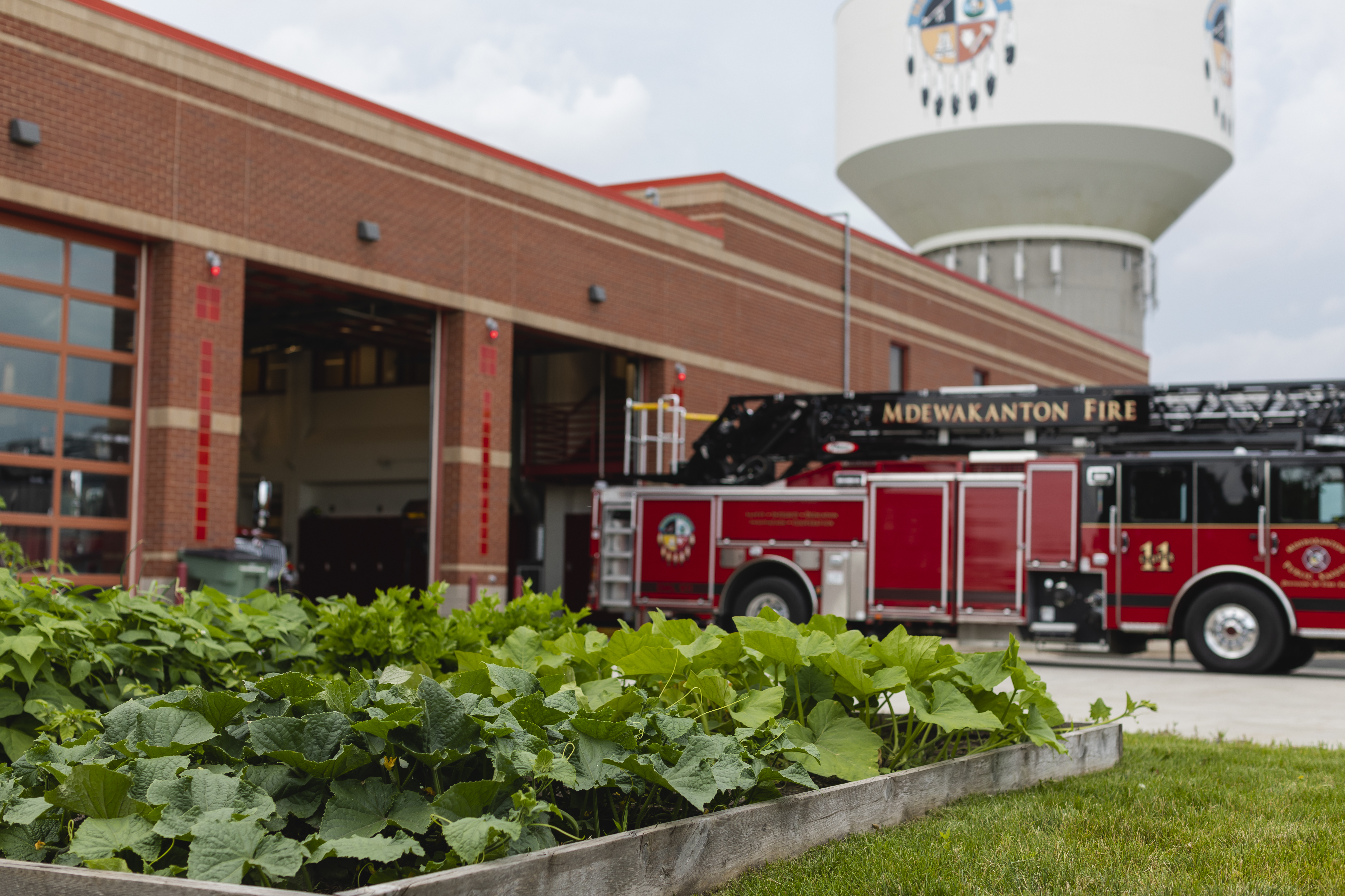 The garden at the Mdewakanton Public Safety station in Shakopee, Minnesota, supplies fresh vegetables for firehouse meals // Photo by Garrett Born