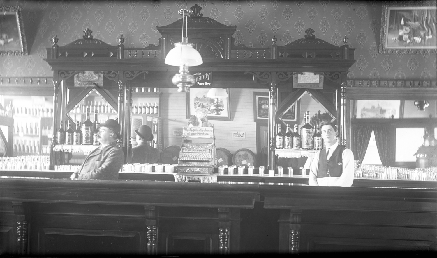 C.D. Herbert's Saloon in Moorhead, Minnesota, ca. 1900–1915 // Photo courtesy Historical and Cultural Society of Clay County