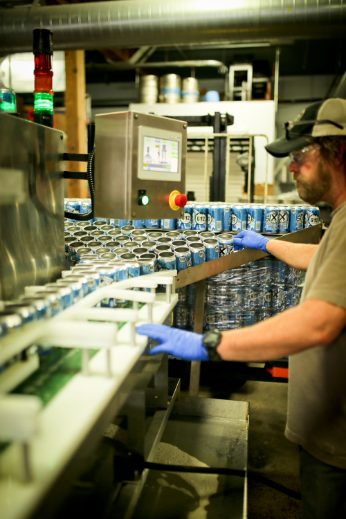 612Brew's canning line powered up // Photo by Aaron Davidson