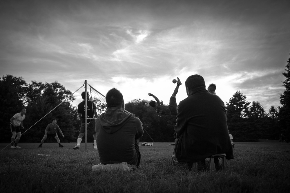 The sun sets on a Sepak takraw game in Minneapolis // Photo by Ryan Siverson