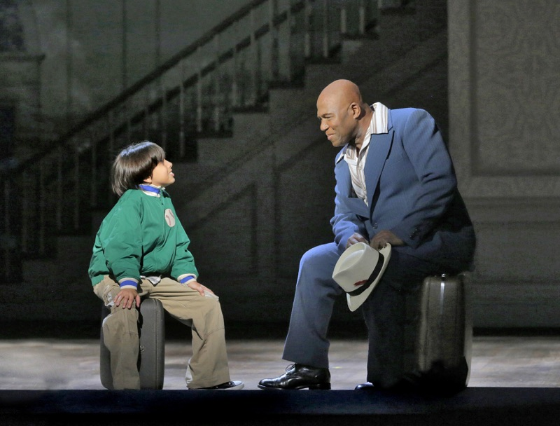 Vega (l) and Woodley (r), Photo by Ken Howard // Courtesy of MN Opera