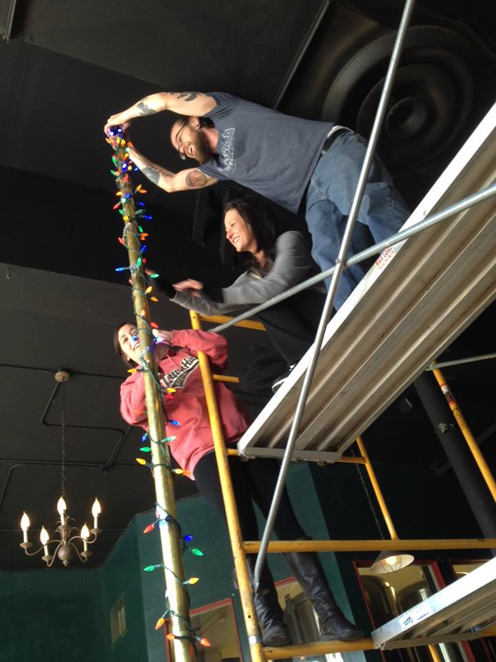 Decorating the Festivus Pole // Photo courtesy of Minneapolis Town Hall Brewery