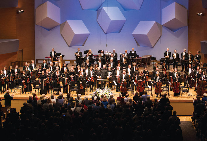 Osmo Vanska conducts the Minnesota Orchestra in a program of Sibelius at Orchestra Hall. For many, classical music feels unapproachable and of another era. The Minnesota Orchestra has launched new concert series' in order to combat that stereotype. // Photo by Courtney Perry