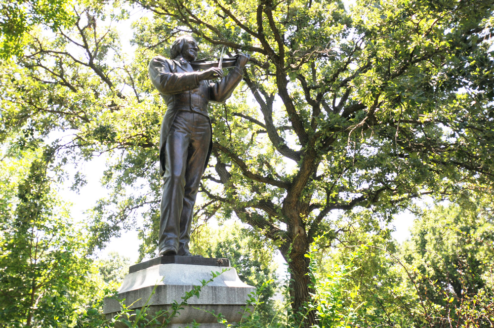 Norwegian violinist Ole Bull is commemorated with a statue in Loring Park // Photo by Jay Gabler, 89.3 The Current