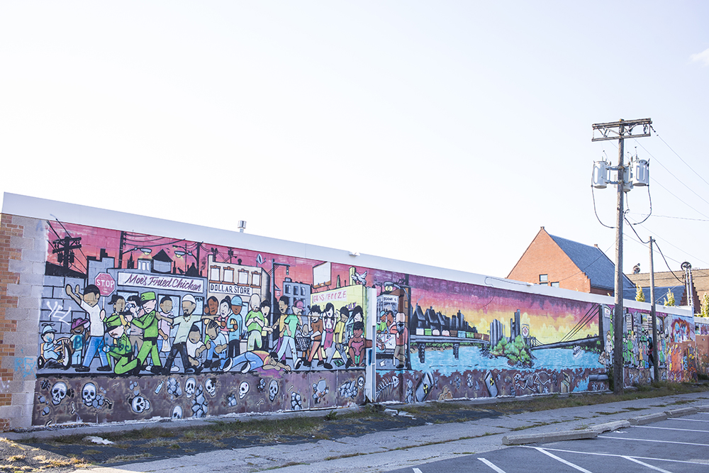 A mural on Juxtaposition Art's current building in North Minneapolis // Photo by Tj Turner